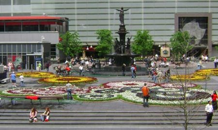 Floral Carpet in Fountain Square