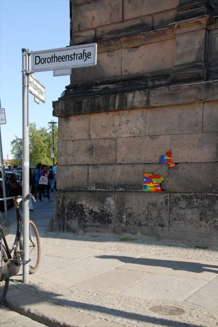 Dispatchwork by Jan Vormann