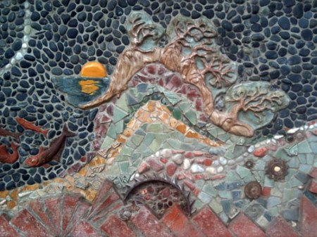Del Mar Library Mosaic by Betsy Kopshina Schulz and Pat Welsh