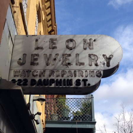 Leon Jewelry Ghost Sign in Mobile