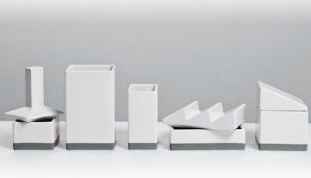 Desktructure by Héctor Serrano