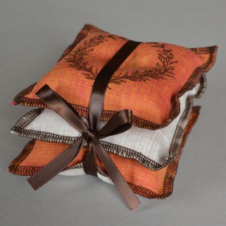 Cedar Sachet Set by VisuaLingual