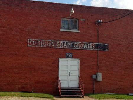 Co. Bluffs Grape Growers Ghost Sign in Council Bluffs, IA